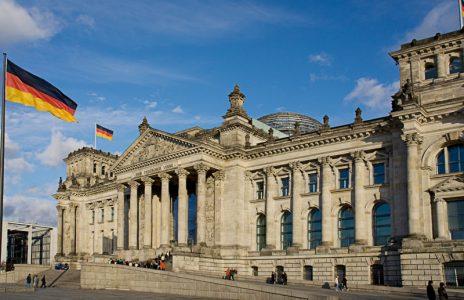 shutterstock_Deutschland_Berlin_Reichstag_25426741