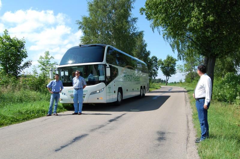 Hirsch Reisen on the road - Büro, Fahrer, Reiseleiter