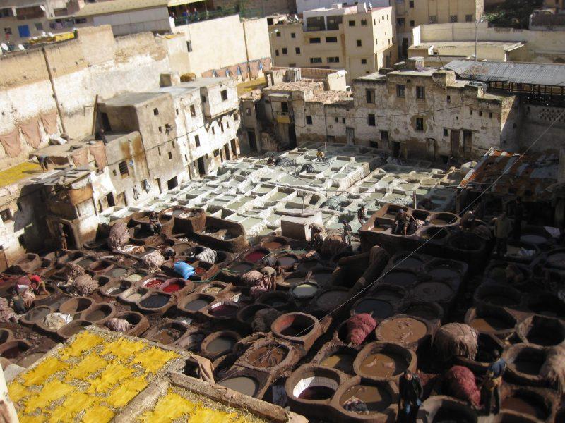 """Im Gerberviertel - marrokanische Lederverarbeitung, alles """"bio"""""""