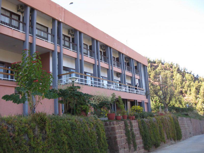 Das Hirsch-Hotel in Ourika (Wanderreise) - einfache Zimmer und traumhafte Landschaft.