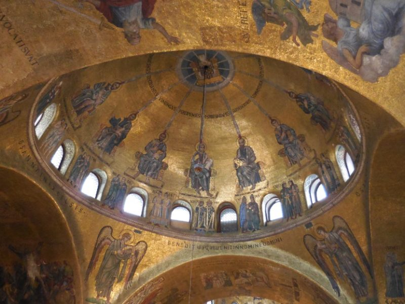 DSCN1936_Markuskirche_Decke2