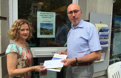 Gewinnerin Frau Doniec Kundenbefragung Mai Juni 2016