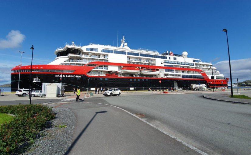"""""""MS Roald Amundsen"""" – Erstes Hybrid Schiff sticht in See"""