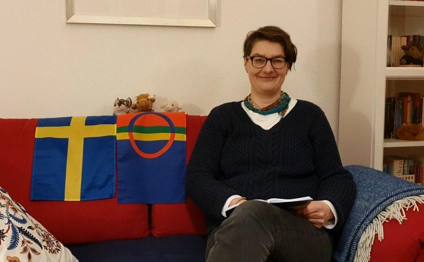 """Leseprobe: """"Reisen nach Absurdistan"""" –gelesen von Anna Zoch"""